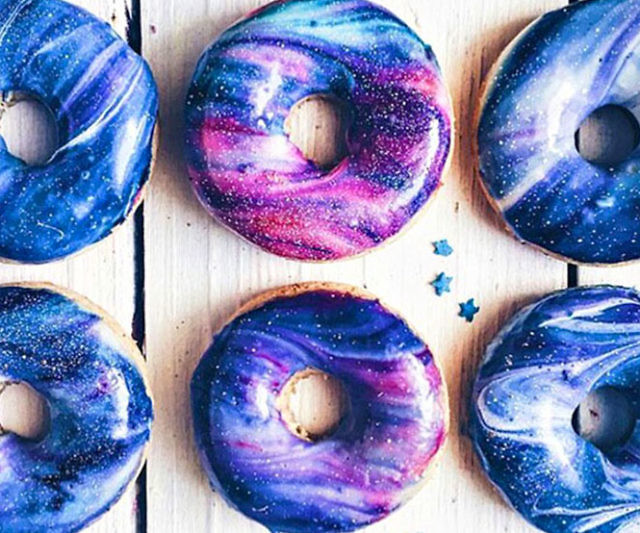 vegan-galaxy-donuts-640x533